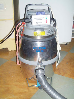 art conservator gentle vacuum with low suction power