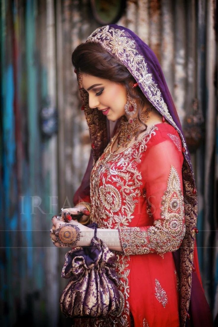 latest desi wedding dress for Pakistani girls