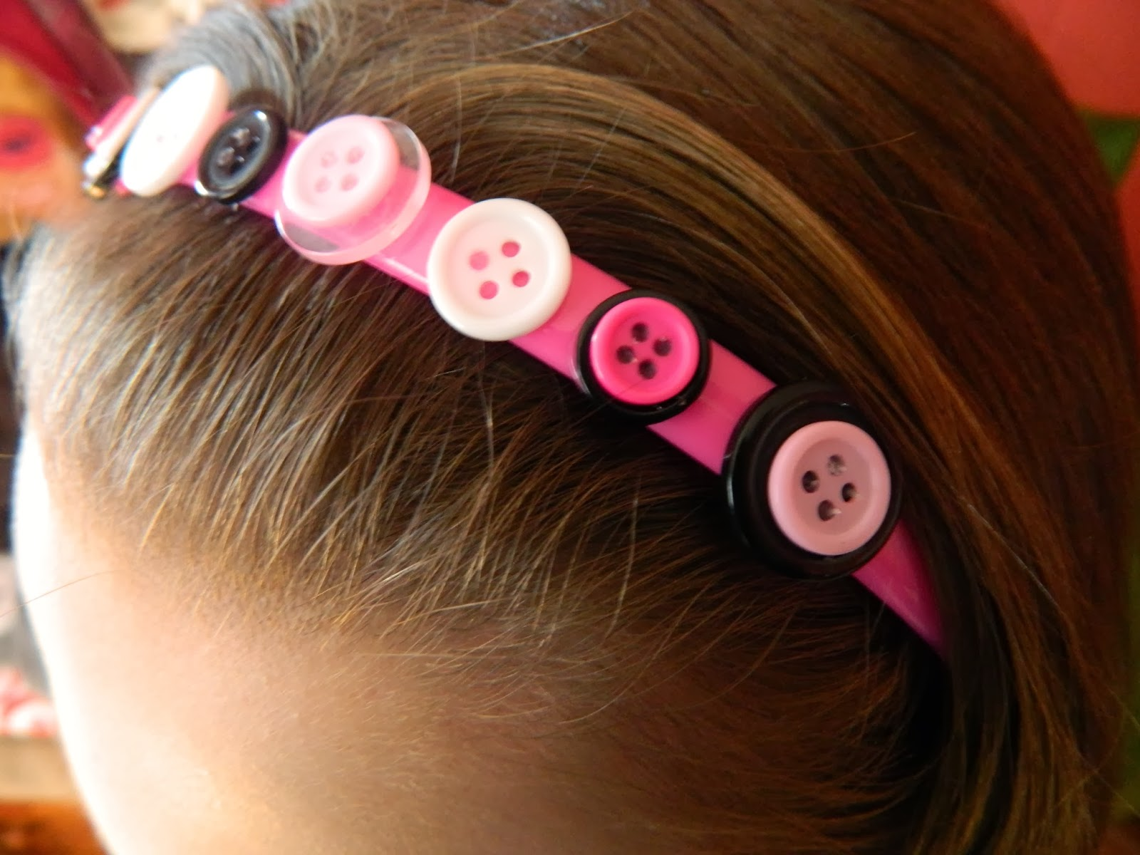DIY button headband craft