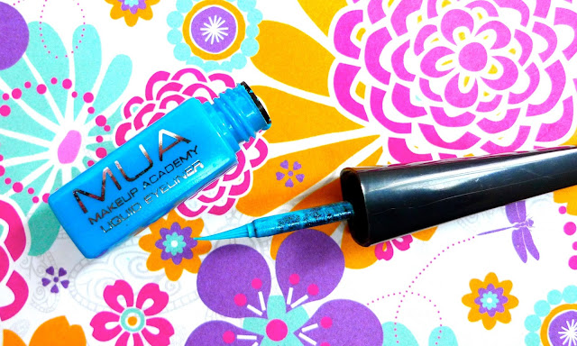 mua blue eyeliner review from super drug, budget friendly make-up product