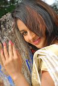 Eesha Ranganath Photos-thumbnail-3