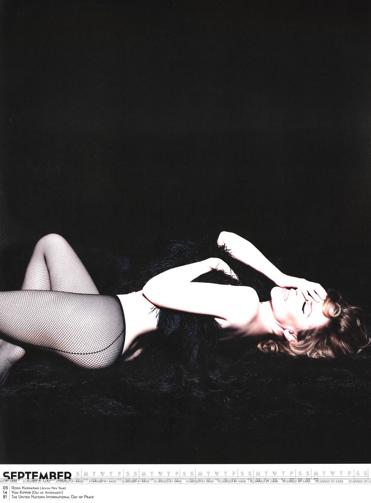 http://3.bp.blogspot.com/-L0xtHJsfu_I/UHwBvCJBNnI/AAAAAAAATTw/5UL2uUs3gpE/s1600/Kylie+Minogue+-+Official+2013+Calendar+-10.jpg