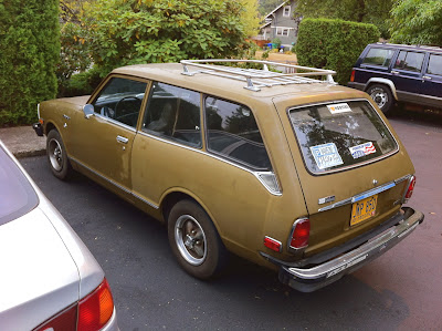 1973 Toyota Corolla 1600 Deluxe 2-door wagon.