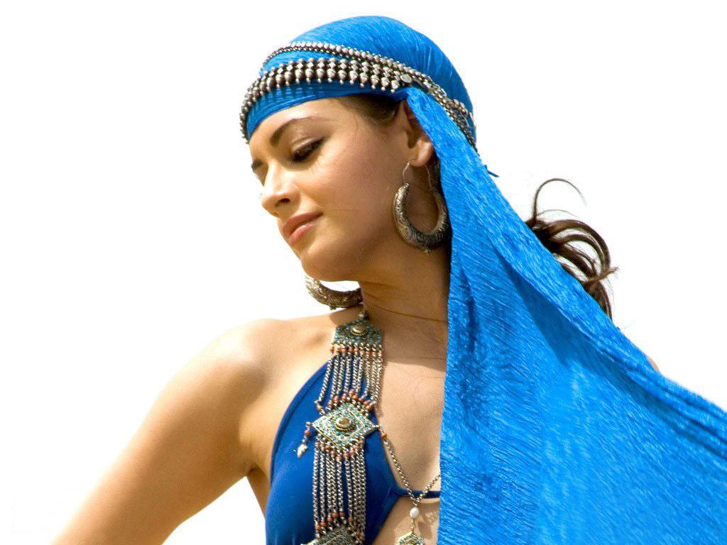 Celebrity World Image: Diya Mirza: http://1st-celebrityworldimage.blogspot.com/2011/05/diya-mirza.html