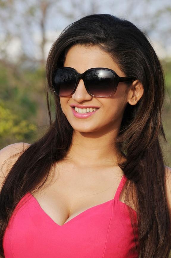 Hot Actress Ananya in Pink Sleeveless Mini Tight Dress Charming Latest ...