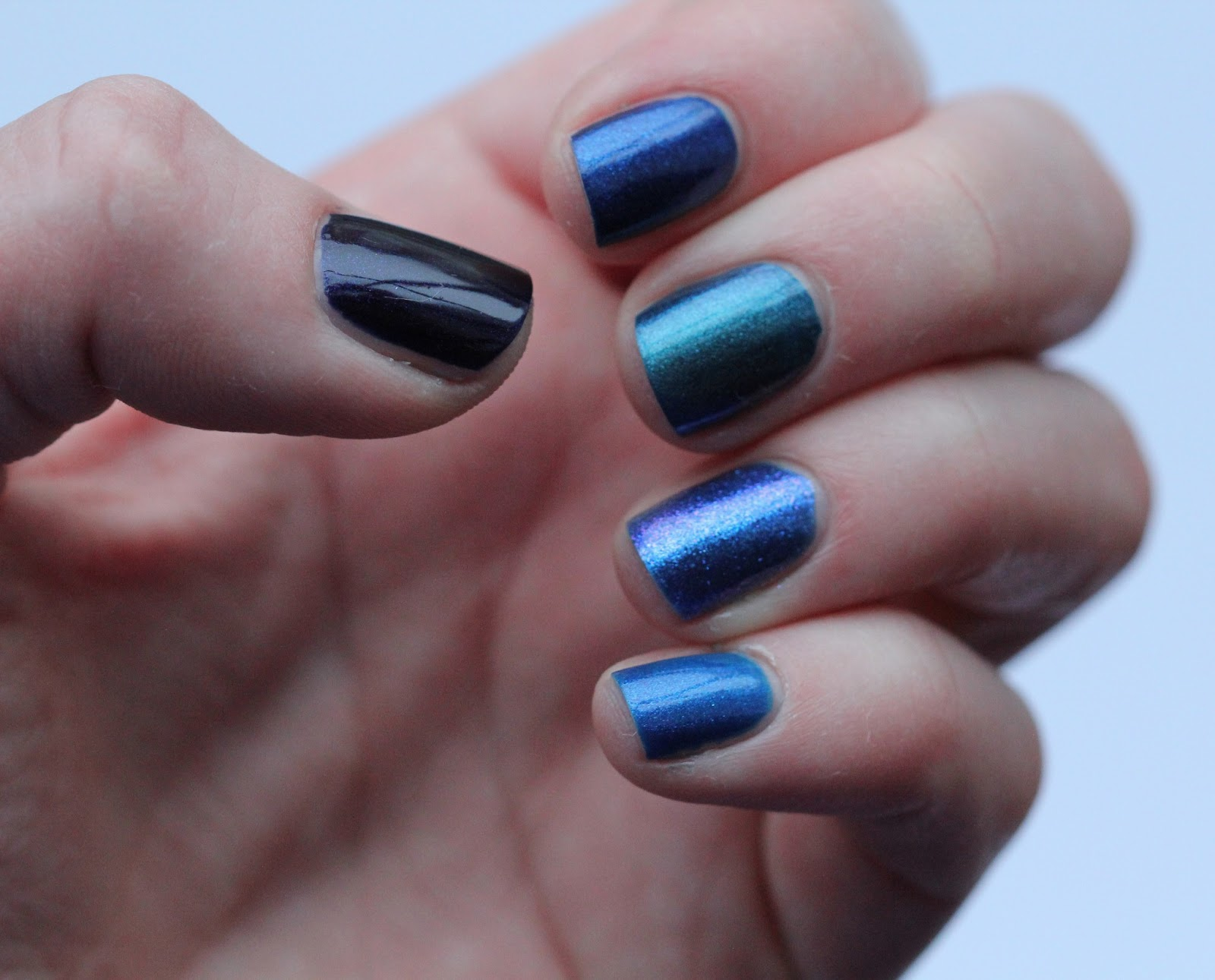 Blue ombre nails tumblr 4099538 - girlietalk.info
