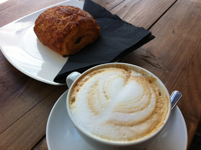 Coffee+Works+Project+review+Angel+Islington+Camden+Passage+coffee+pastry