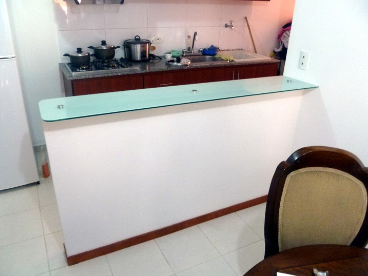 Estructural barras de cocina for Comedor estructural