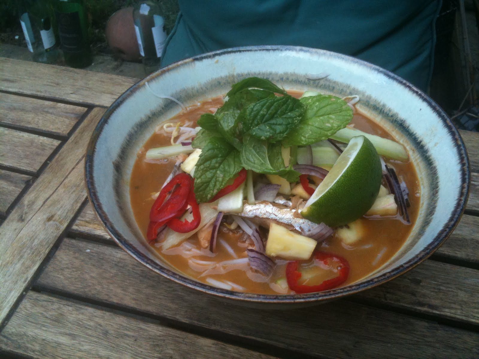 ... world: Malaysian Nyonya Penang Laksa - Rice noodles in a spicy broth