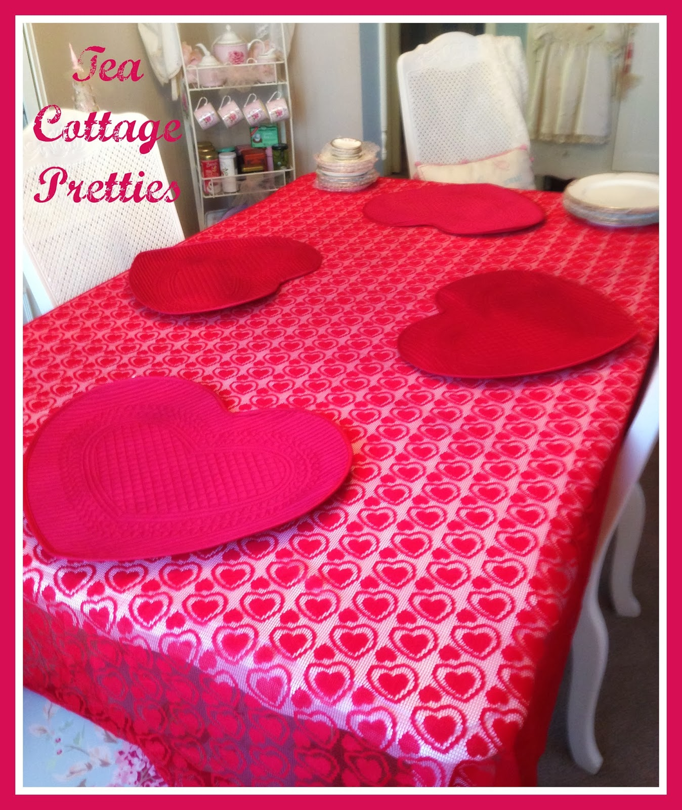 Delightful VALENTINEu0027S DAY DECOR AND TABLESCAPE