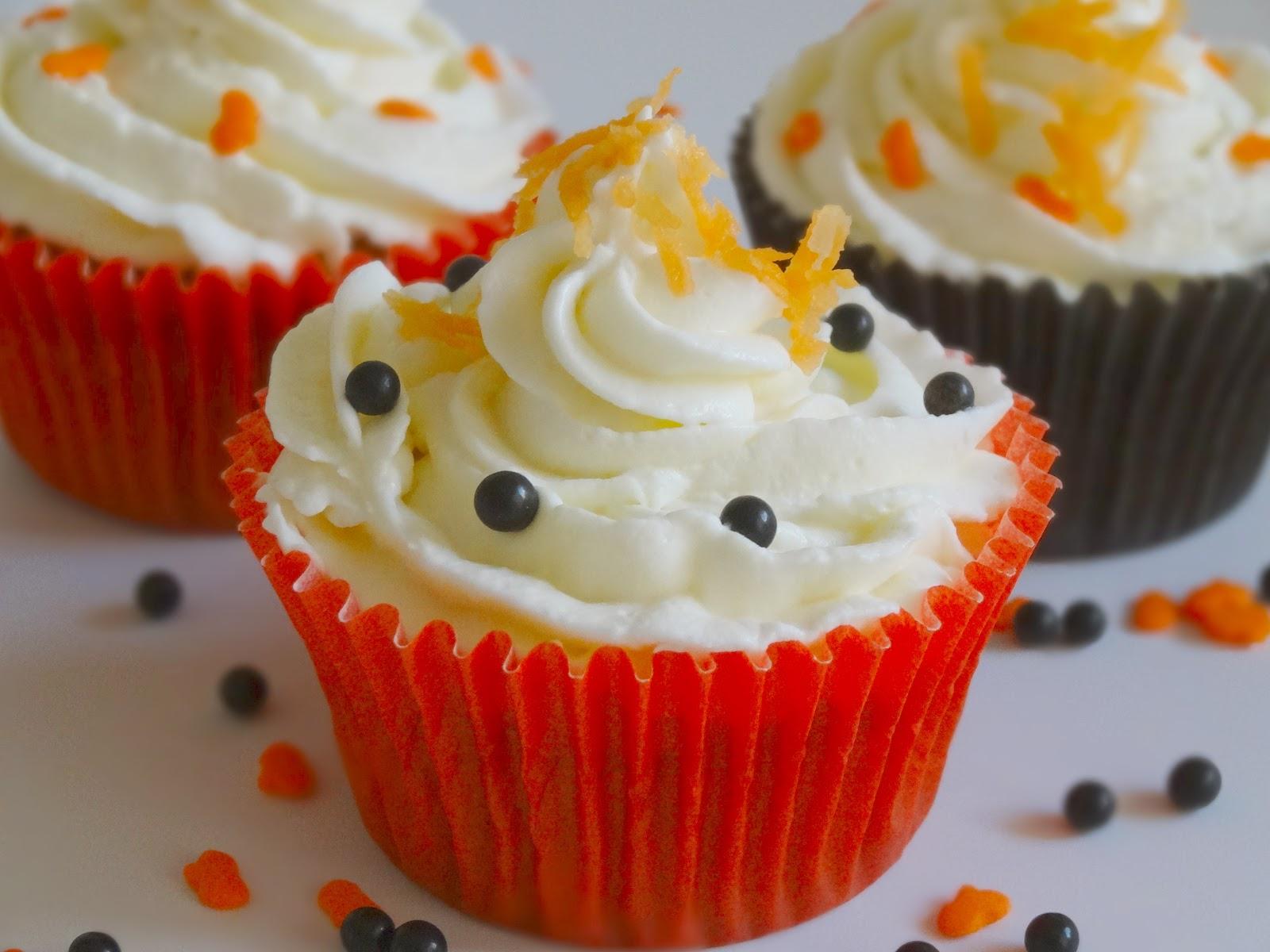 Petite Carrot Cake Kneaders