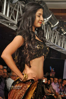 Poonam-Kaur-Latest-Stills