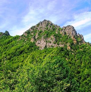 Caso, ruta de la cascada del Mongayu, Cuetu Negru