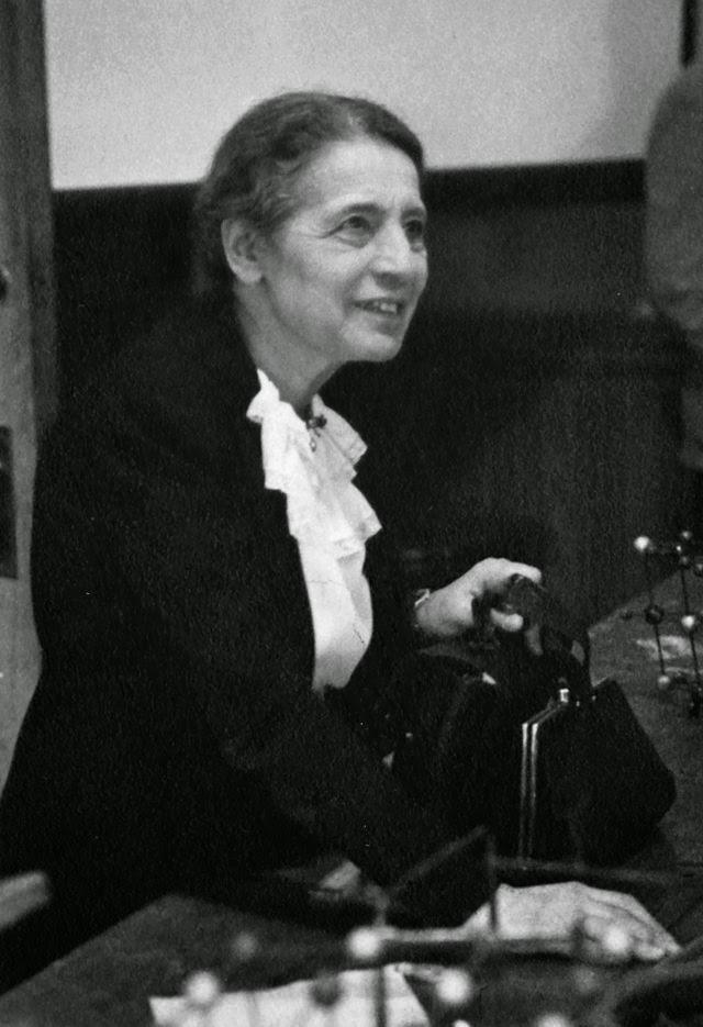 Blog Heroicas: Lise Meitner, descobridora da fissão nuclear