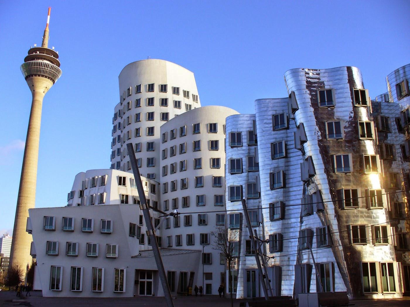 Reiseabenteuerlich d sseldorf teil 1 die l ngste theke der welt - Architekten in dusseldorf ...