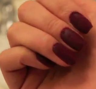 velvet nail style for girls