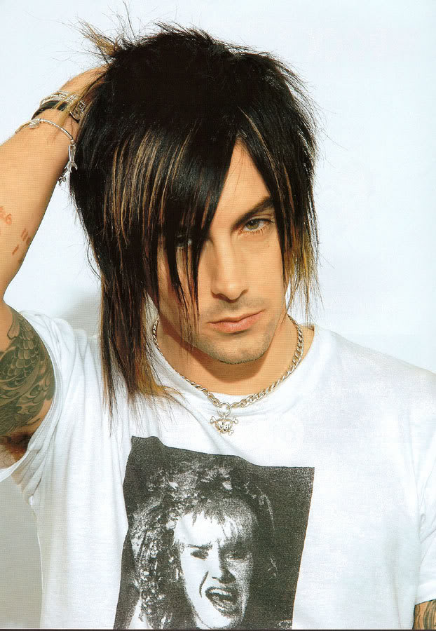 Medium Emo Hairstyles With Scene Hair For Teenages Boy From Ian