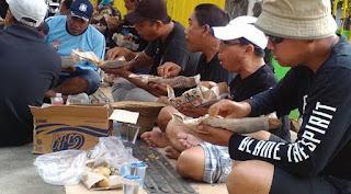 Makan di Lesehan Arek Lancor