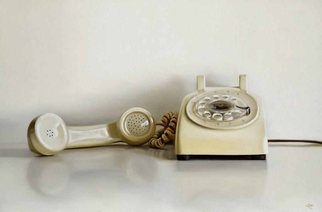 telefonos-atiguos-en-hiperrealismo-extremo-al-oleo