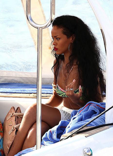 Rihanna Shops In St. Tropez » Gossip | Rihanna