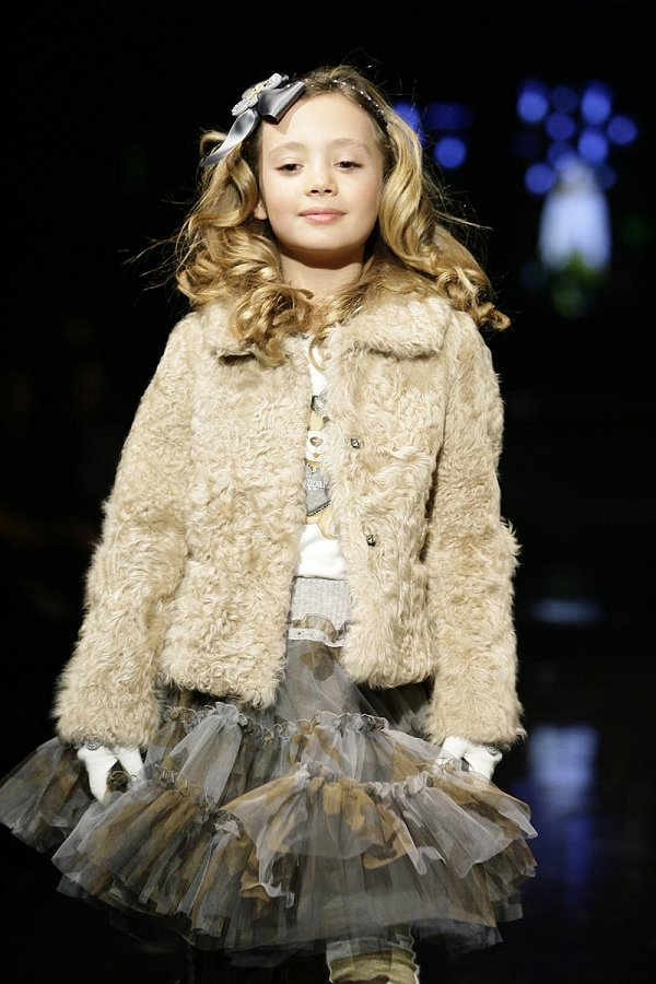 alalosha vogue enfants monnalisa girls catwalk