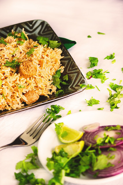 how to make quick and easy soya pulao recipe