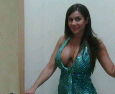 http://3.bp.blogspot.com/-L3TfGKd1Qus/T6j2aRdN_iI/AAAAAAAABW8/ZjJJSyBNufo/s1600/Julia+Orayen+tatoo.bmp