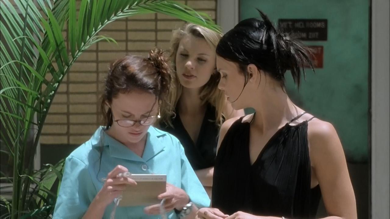 May (2002) Web Dl 720p Ingles-Latino