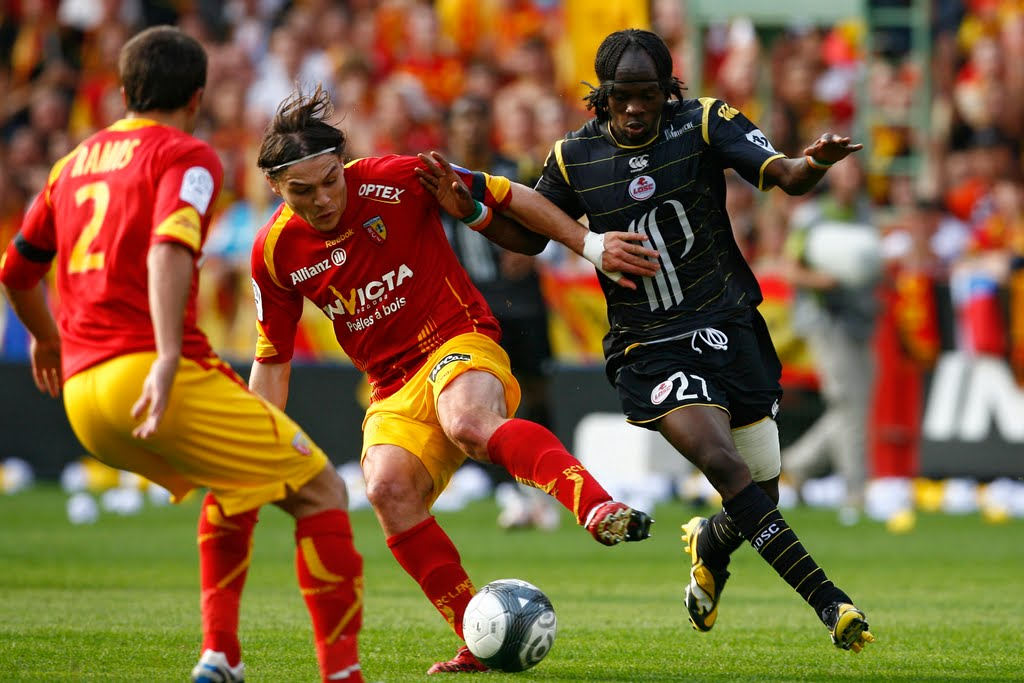 RC Lens v LOSC Lille - Ligue 1 Photos and Images | Getty Images