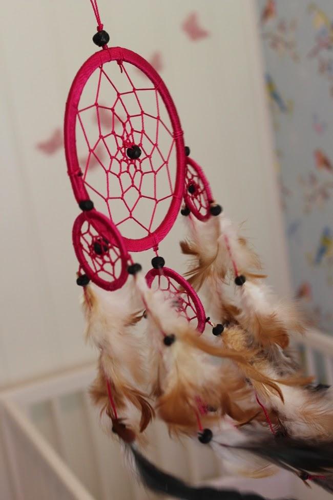 Tuppenoglillemorblogg: barnerom   rosa og gult = kult.