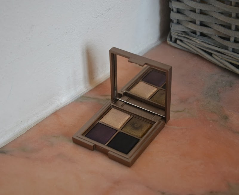 Review: Kiko Color Fever Eyeshadow Palette in Luxurious Gold and Plum