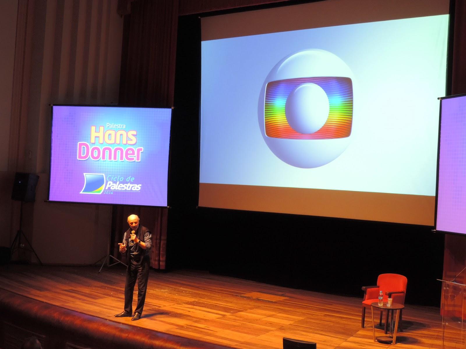Hans Donner divide sonhos e projetos em palestras da CDL Blumenau