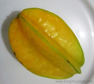 fruta exotica carambola