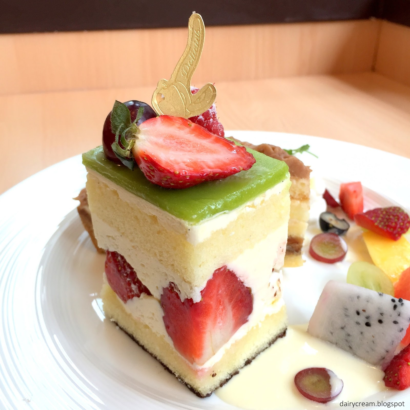 Japanese Fruit Cream Cake