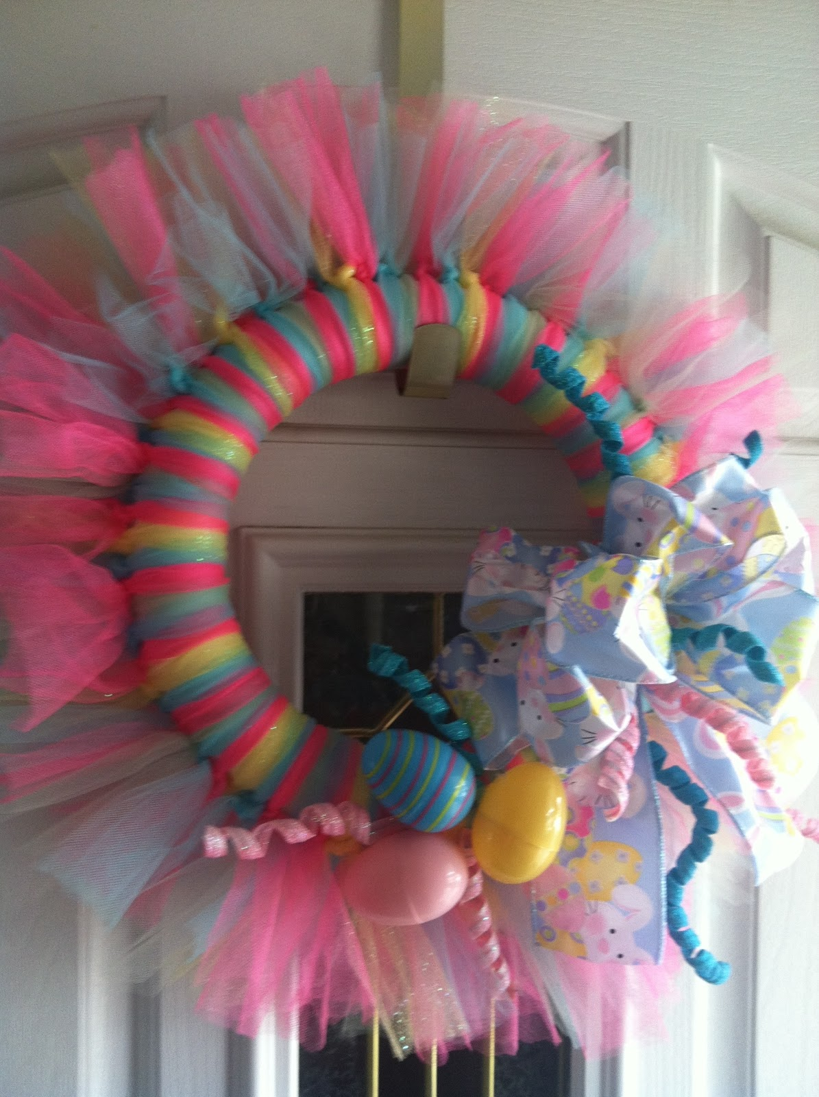 I heart decorating easter tulle wreath How to decorate a wreath