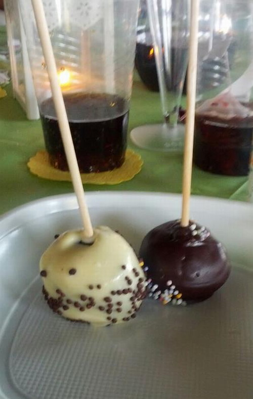 As huele el cielo cake pops blancos y negros for Cake pops cobertura