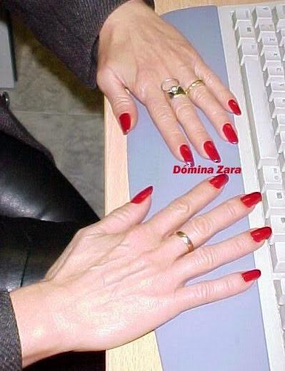Domina Zara mis manos