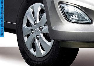 Hyundai i10 car tyres/wheel - صور اطارات سيارة هيونداى i10