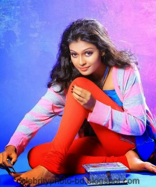 Stunning+Anusree+Hot+Unseen+Private+Pics009