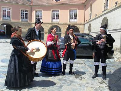 Protocolo y solemnidad en la investidura de Doctores Honoris Causa de la Universidade da Coruña, por Olga Casal