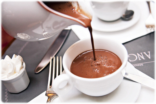 Le chocolat chaud a des bienfait .  Forum Metal  Communauté Metalship