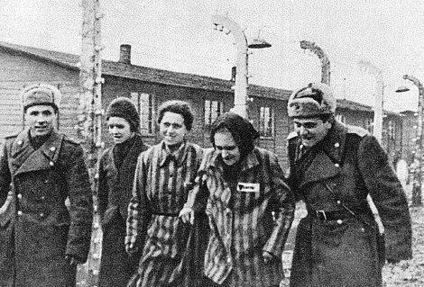 Hace 70 años las tropas soviéticas liberaron el campo de concentración de Auschwitz  GJXYS