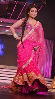 Rani Mukherjee  in saree on Ramp Yash Raj Birthday Anniversary Celetion 2013
