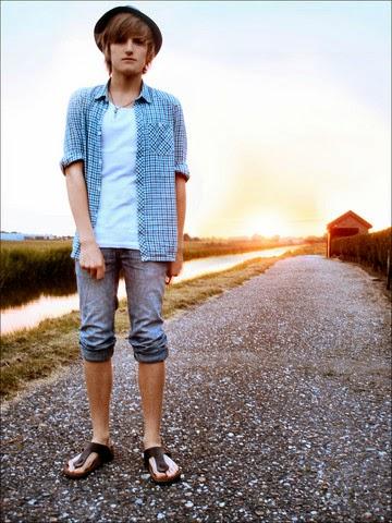Aswear 8 Fashion Style Pria Dengan Sandal Casual Aswear