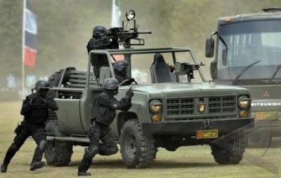 Yonif 900 Raider Latihan Pembebasan Sandera 2011