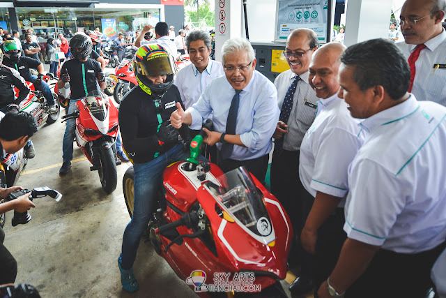 Ducati Club Malaysia were there along with the launch of the new PETRONAS RON 97