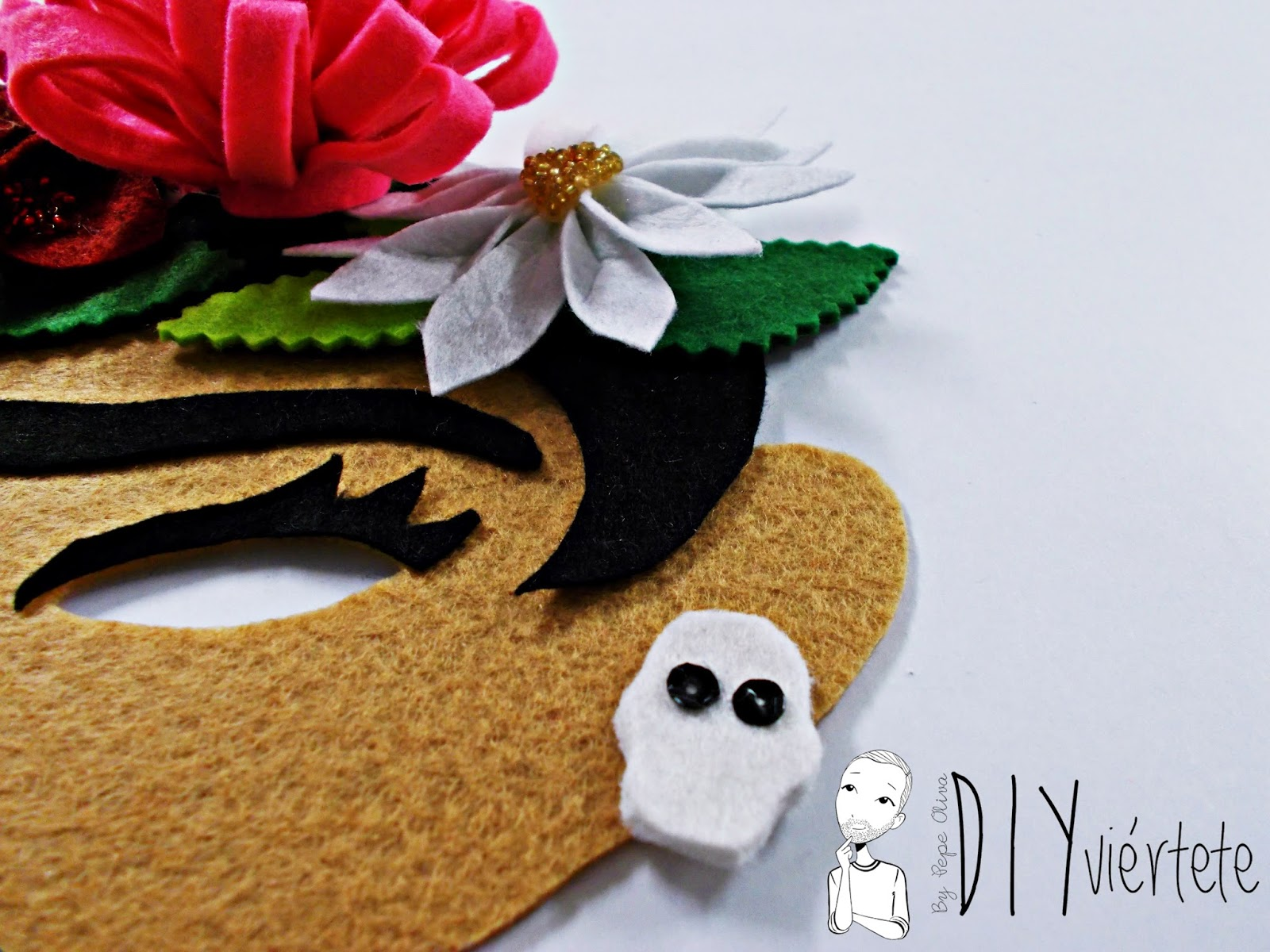 blogersando-máscara-carnaval-frida kaloh-fieltro-flores