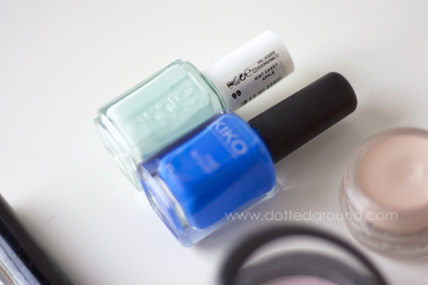 Essie mint Kiko blue 336 nail polish