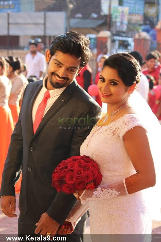 Sruthi Lakshmi Wedding day stills « Mallufun.com