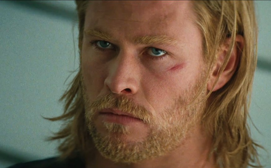Are Chris Hemsworth Eyes Really Blue The blue-skinned ice